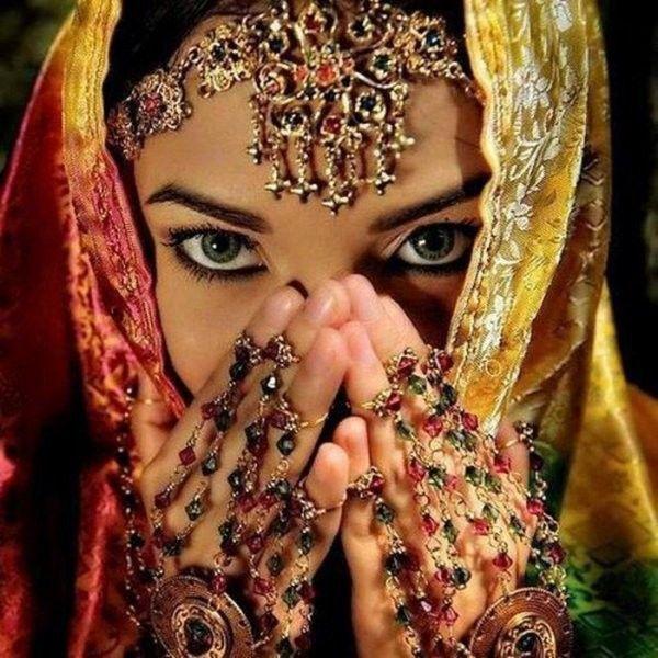 femme indienne toute nue