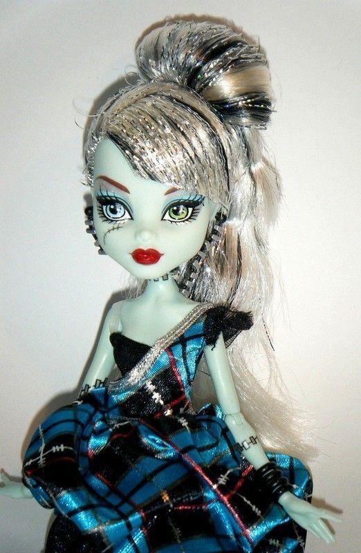 Des jolies poupées  - Page 2 Ec478756