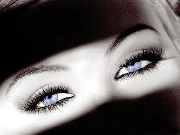 eyes wallpapers for facebook - photo #10